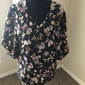 Cabi limited edition origami blouse top EUC